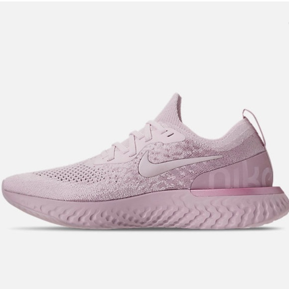 ff0cb428bbf6 WOMEN S NIKE EPIC REACT FLYKNIT RUNNING SHOES. M 5c04987804e33d2d507c0020